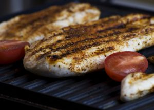 How to Bake Chicken Breasts in a Toaster Oven